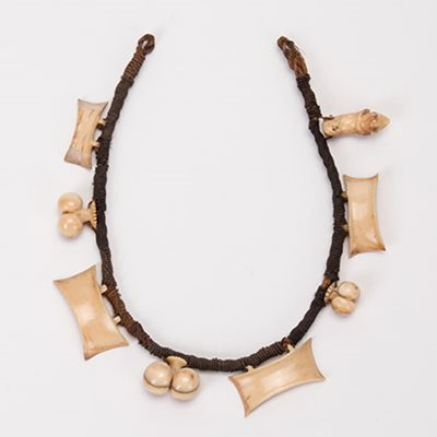 Rei (necklace), Eastern Polynesia