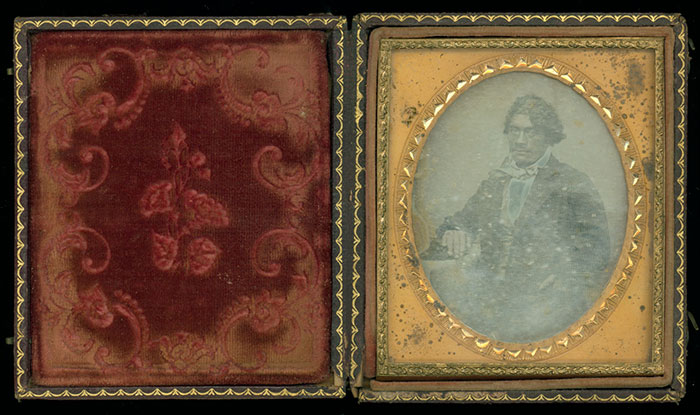 Daguerreotype of Hēnare Taratoa, thought to have been made in 1850 by Lieutenant Governor Edward J. Eyre.
